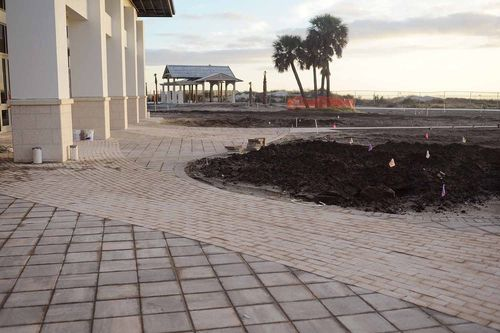Jekyll Island Convention Center Pavers - Gibson Landscape