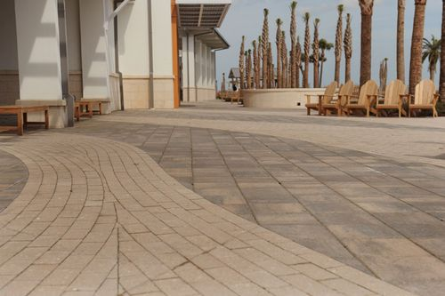 Jekyll Island Convention Center Pavers (Gibson Landscape)